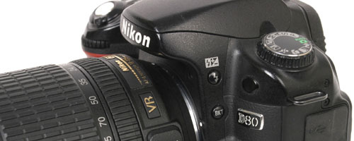 Japońskle aparaty fotograficzne.