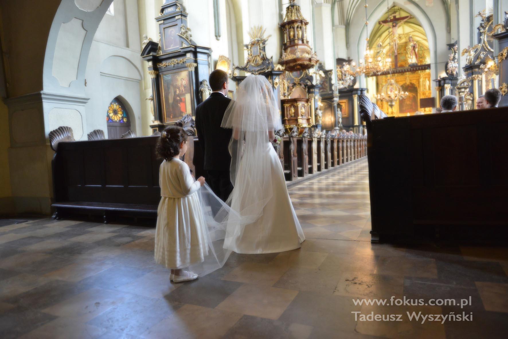 Fotografia ślubna, reportaż, kościół Św. Mikołaja Gdańsk